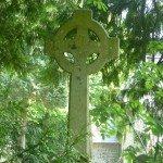 cimetière + église + hôpital
